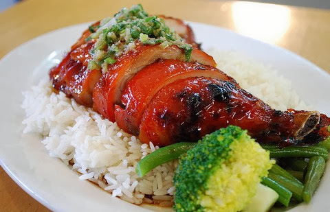 Rice with barbequed chicken