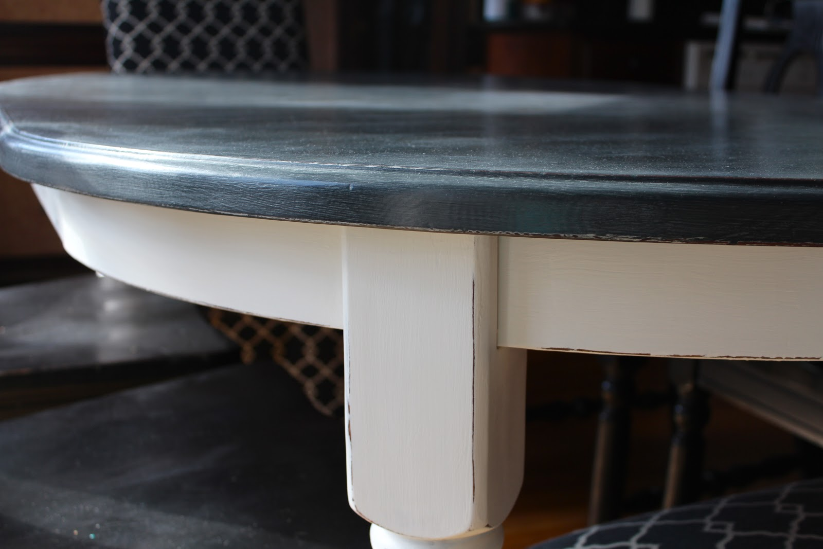 Chalk painted kitchen tables - Antsi Pants