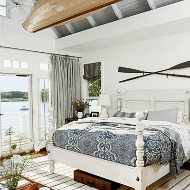 Coastal bedroom, blue and white, nautical