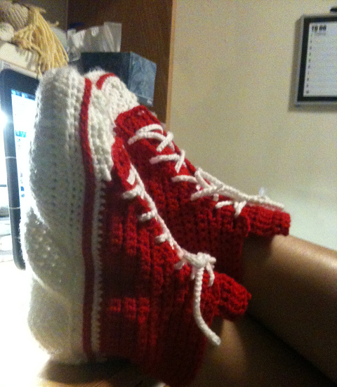 Knitting Pattern For Converse Socks : Experiments in Crochet: Converse Slippers