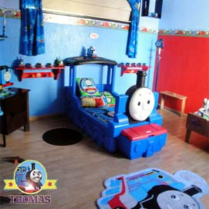 Toddler train bed Thomas the tank engine theme bedroom deluxe kindergarten furniture luxury fittings