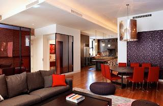 ruang+keluarga+warna+merah+dan+coklat Kombinasi Warna Interior Untuk Rumah Modern