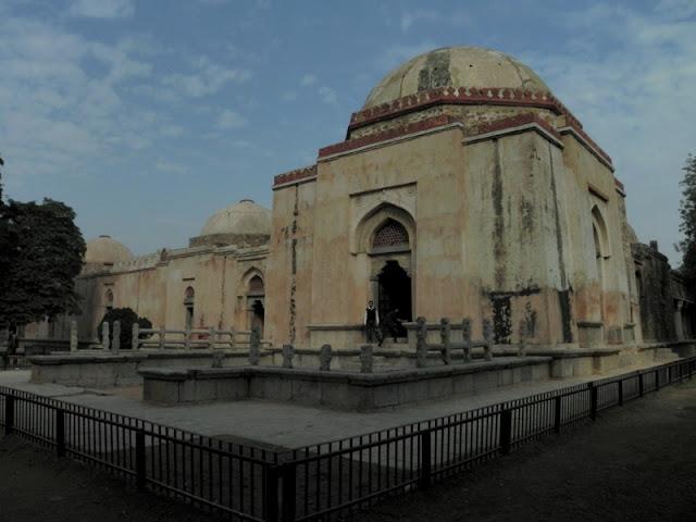 Tomb of Firuz Shah Tughlaq