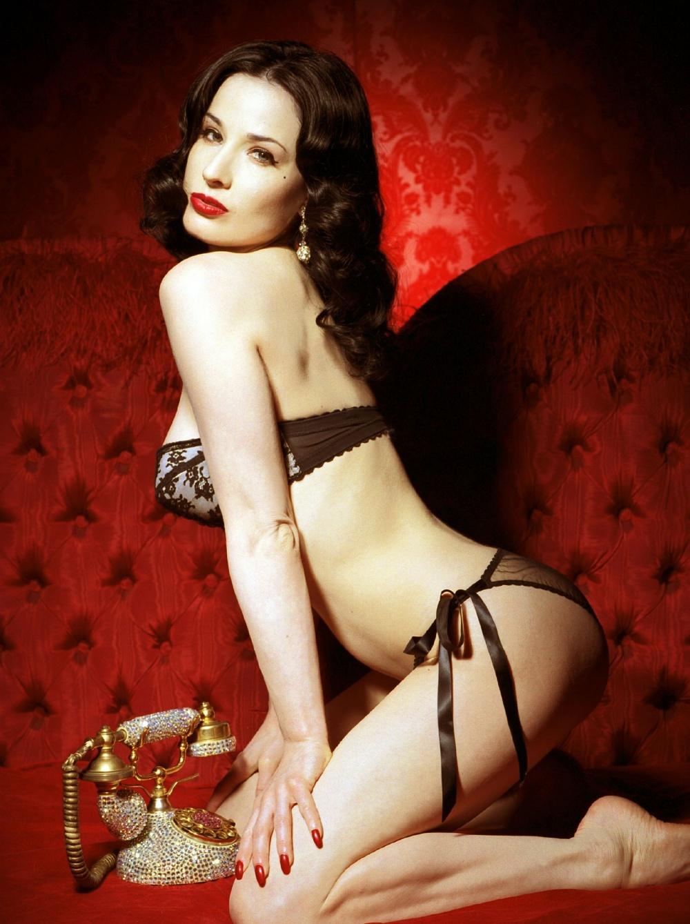 Hollywood Actress Dita... Dita Von Teese