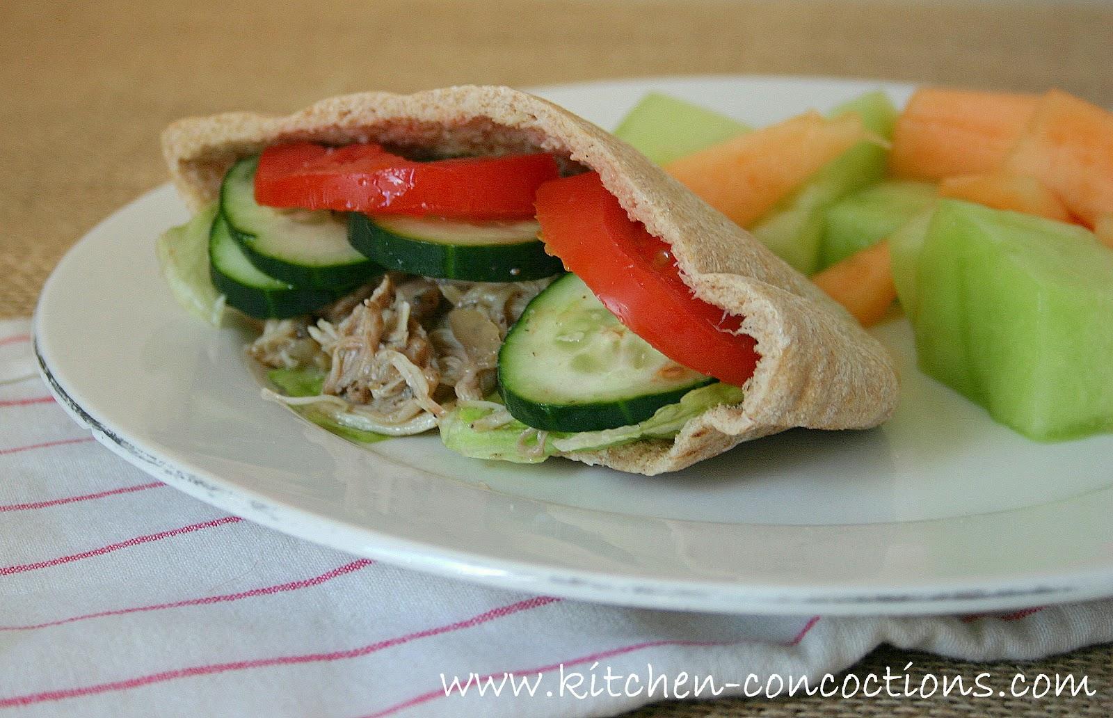 Website Wednesday: Greek Chicken Pita Pockets - Kitchen Concoctions
