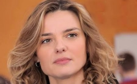 Christiane Filangieri I Cesaroni 6