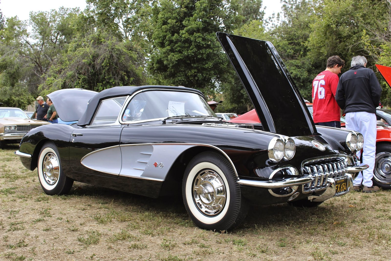 Covering classic cars 18th annual all gm car show in for Woodland motors used cars