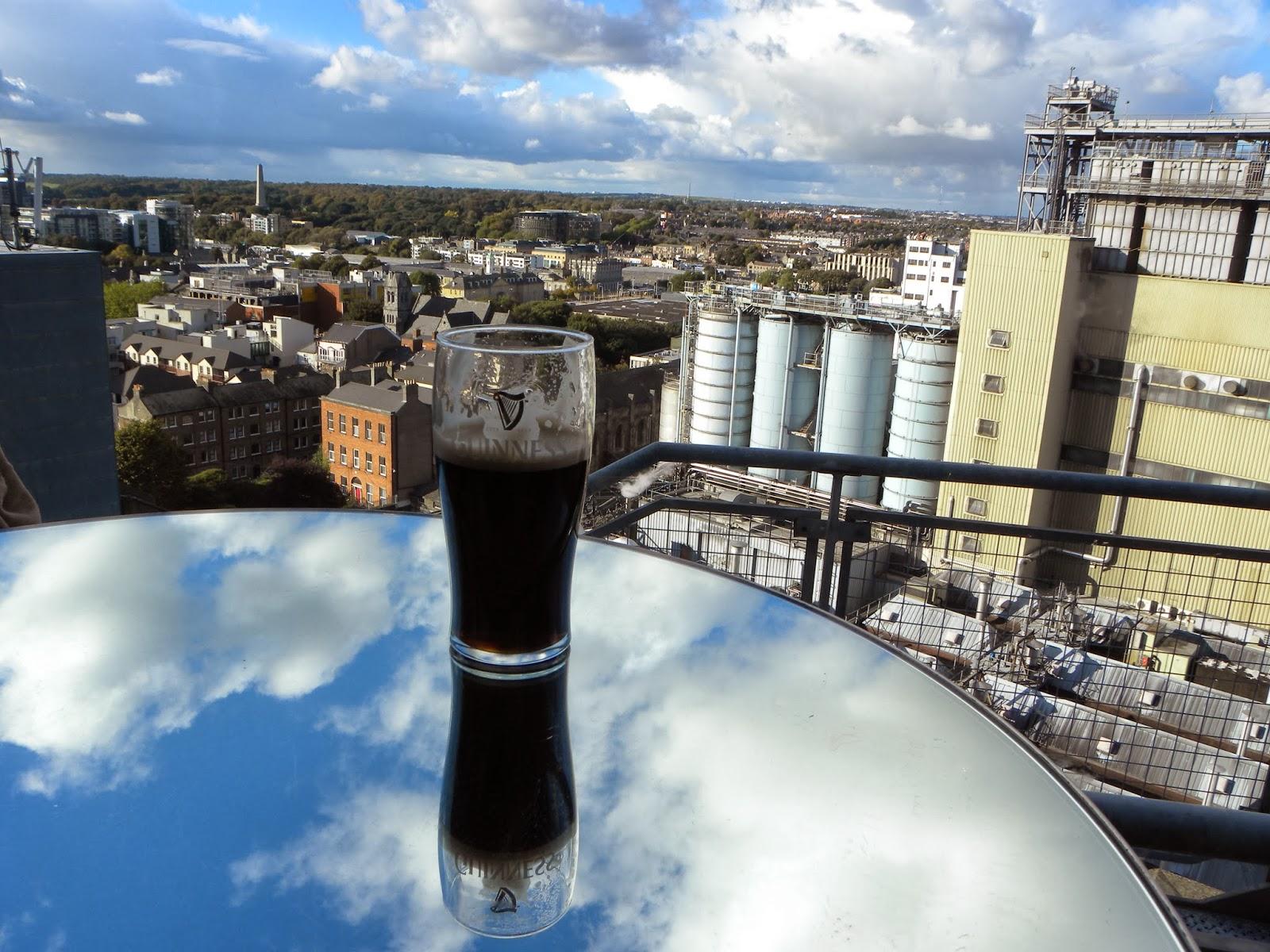 Fabrica de Guinness. Guía de viaje de Dublín. Tu Maleta.