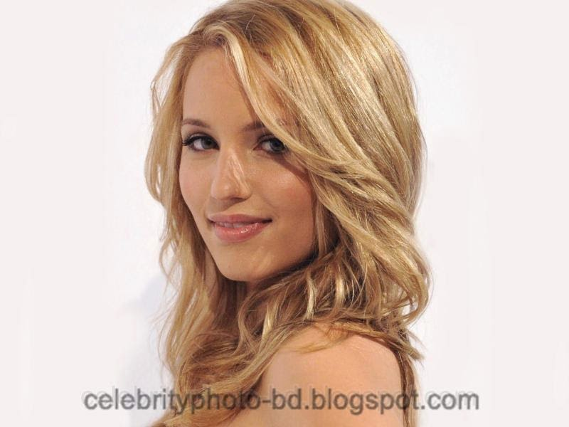 Actress+Dianna+Agron+Hot+Photos008