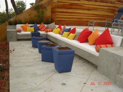 sofá em alvenaria