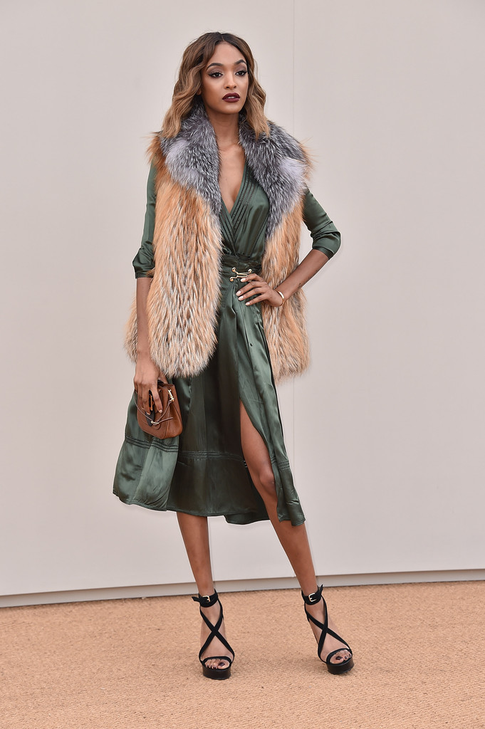Style Crush Jourdan Dunn At Burberry Menswear A W16 Show Fashion Dress In The Present
