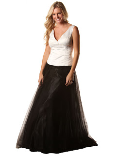 Women's formal dresses in plus sizes