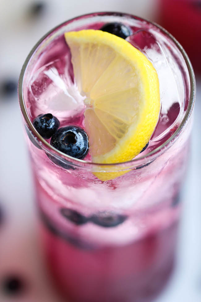 Sisters Luv 2 Cook: Blueberry Vodka Lemonade