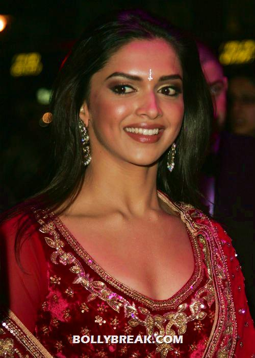 Deepika Padukone in Red - (4) - POLL - Who looks Hottest in Red? 