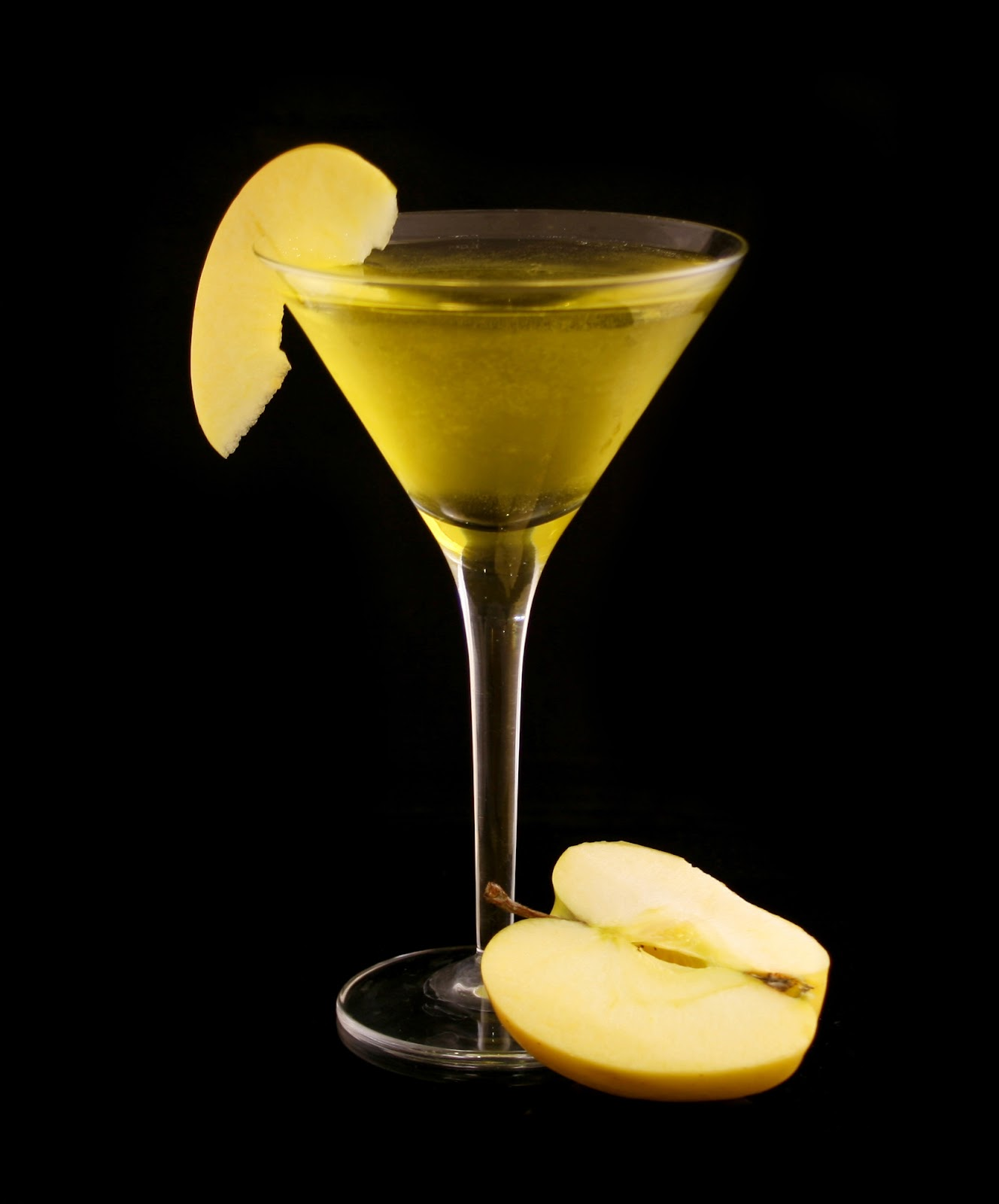 Manfort Martinis: Herbal Apple Martini