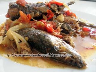 Resep Ikan Salem Bumbu Tomat
