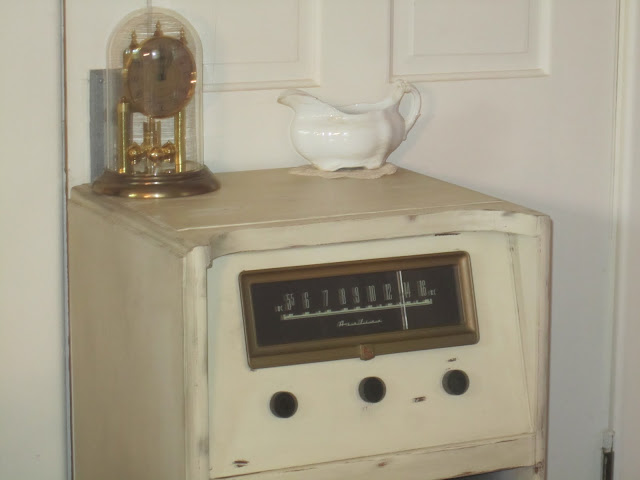 Repurposed Antique Radio via Knick of Time