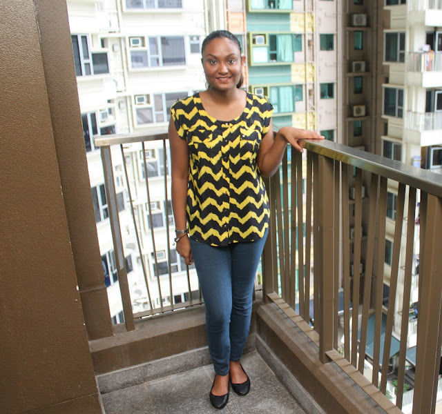 A YELLOW ZIGZAG OUTFIT