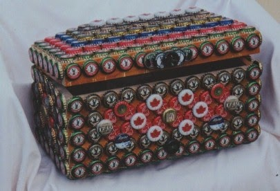 finally i went into encrusting furniture smalls with bottle caps this multicolored jewelry box above was a joy to create as there truly is a hypnotic bottle cap furniture