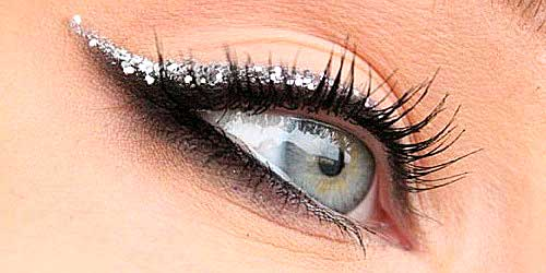 eyeliner purpurina maquillaje ojos noche