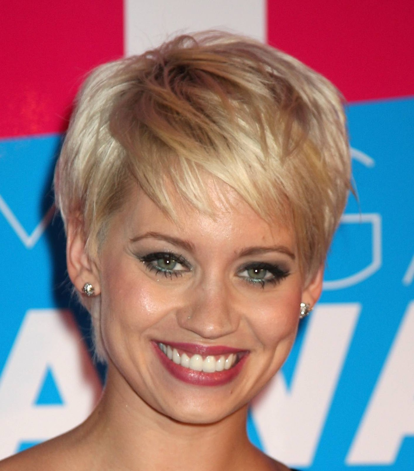 Hairstyles For Thin Fine Hair Round Face: Short Hairstyles For Round Faces