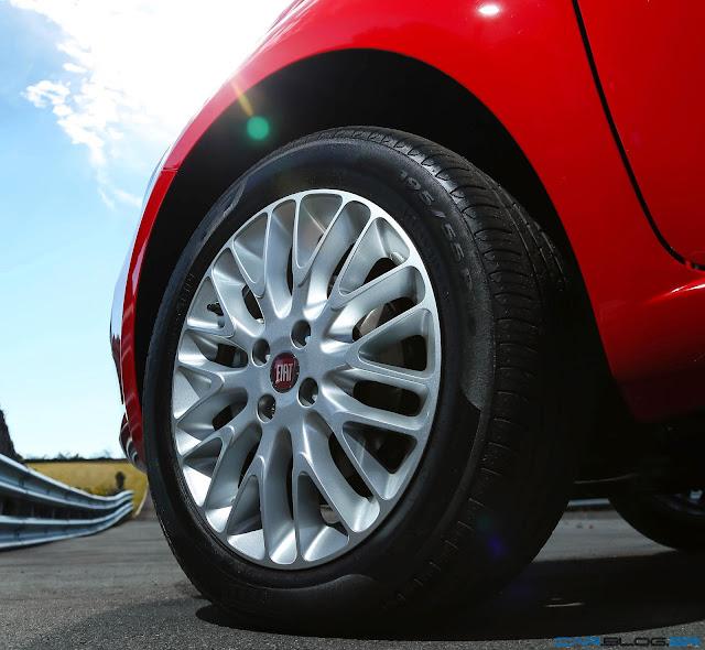 Fiat Punto Essence 1.6 16V 2013 - rodas 15 liga-leve