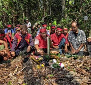 Ritual Adat Dayak Muang Rabokng/Rasi