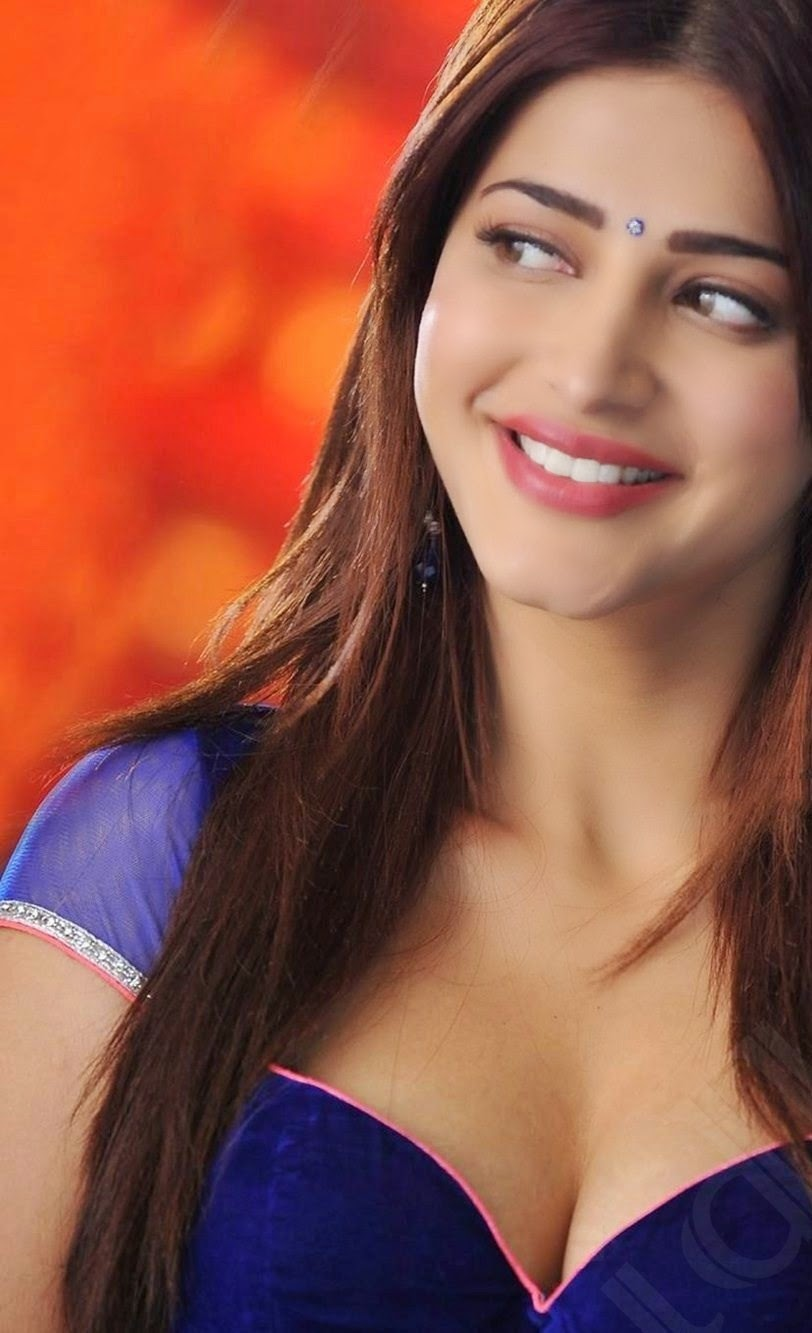 Shruthi Hassan Yevadu Photos
