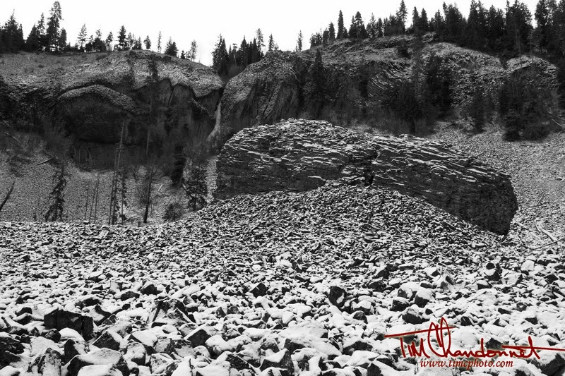 Tim Chandonnet Photography, Timcphoto, Tim C Photo, Central Washington, Eastern Washington, Pacific Northwest, Black and White, B&W, Landscape, nature, Landscape Photography, www.timcphoto.com, Snake Creek, North Cascade Mountains, basalt, lava, lava flow, snow, winter, cold