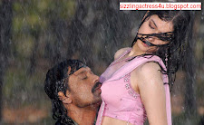 Tamanna boobs kissed by SJ Surya