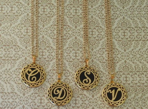 Your Guide to Monogrammed Jewelry