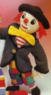 http://knuffels-breien-en-haken.jouwweb.nl/clown-met-lappenbroek