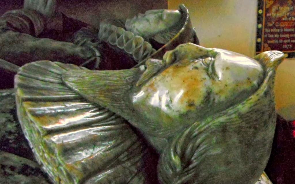 Tomb of Robert Meverell, Ilam