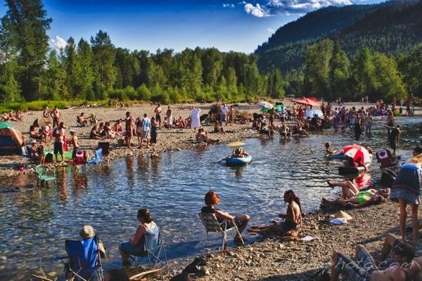 Résultats de recherche d'images pour «shambala festival river»