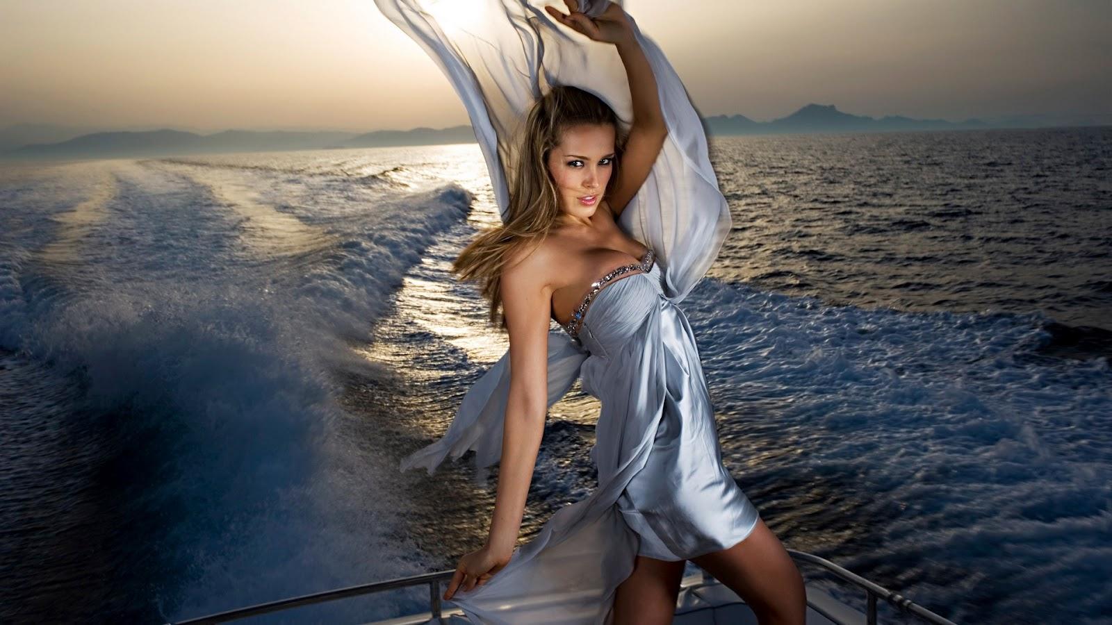 http://3.bp.blogspot.com/-eVV0eQhxydc/T4_4EOSYY8I/AAAAAAAAABI/1scVUXMZfmE/s1600/Petra-Nemcova-yacht-photoshoot-1920x1080.jpg