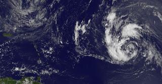 Tropischer Sturm NADINE zieht wahrscheinlich nicht in die Karibik, Atlantische Hurrikansaison, Hurrikansaison 2012, Nadine, aktuell, Satellitenbild Satellitenbilder, Vorhersage Forecast Prognose, September, 2012