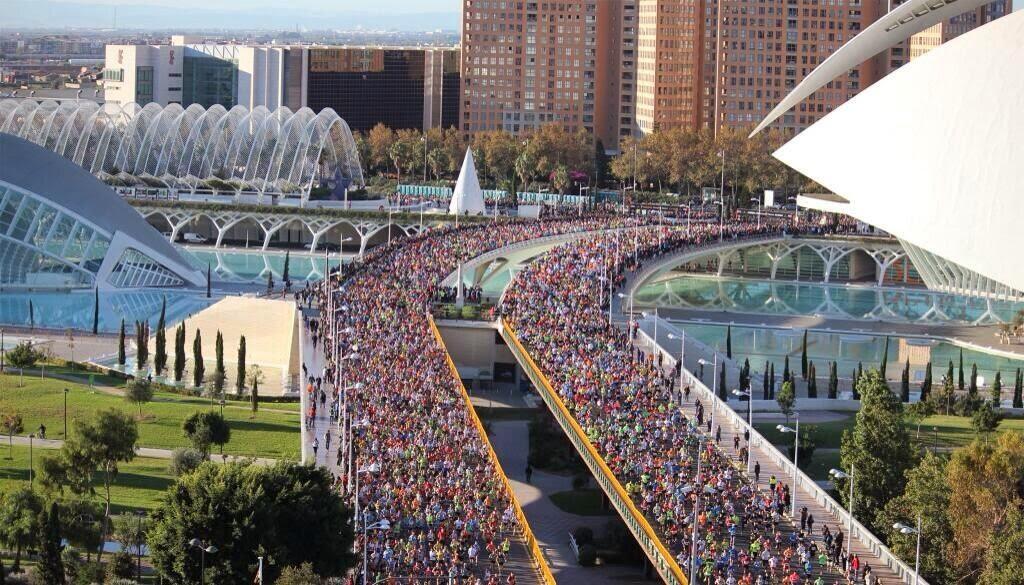 http://www.panoramio.com/photo/104326687