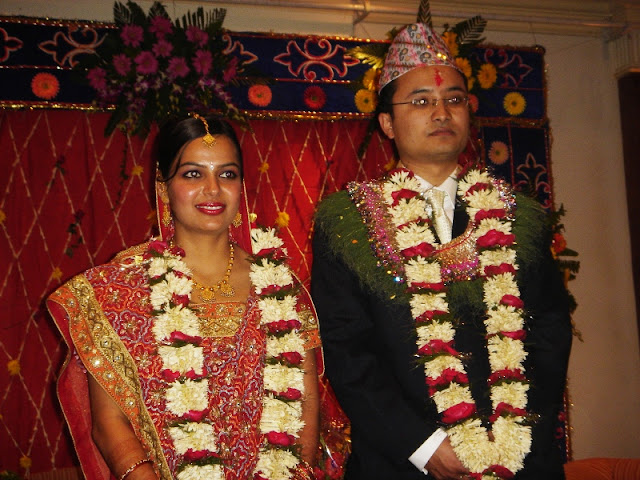 Local fashion nepali brides and grooms in traditional dress for Wedding dress nepali culture