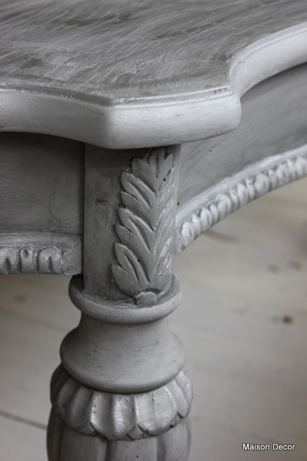 Maison decor french hollywood table a washing technique - Peinture grey wash ...