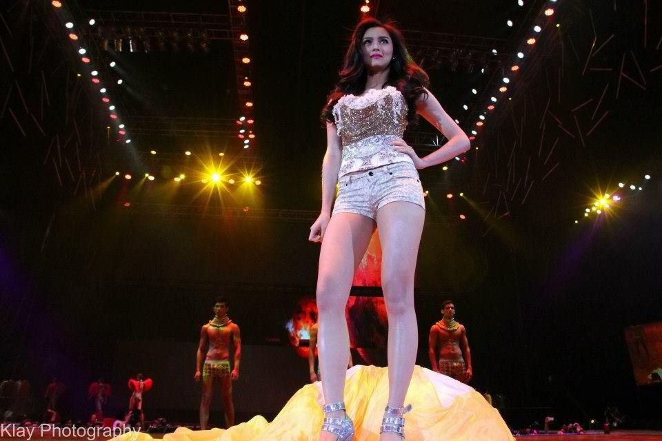 kim chiu bench universe fashion show 01
