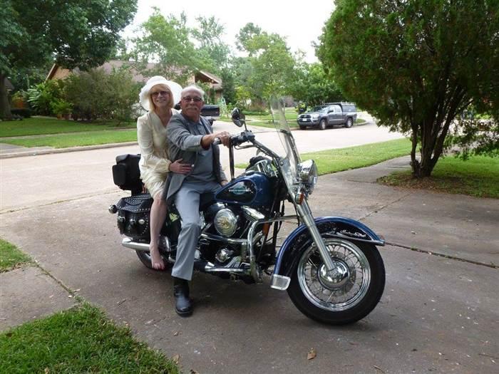 single bikers over 40