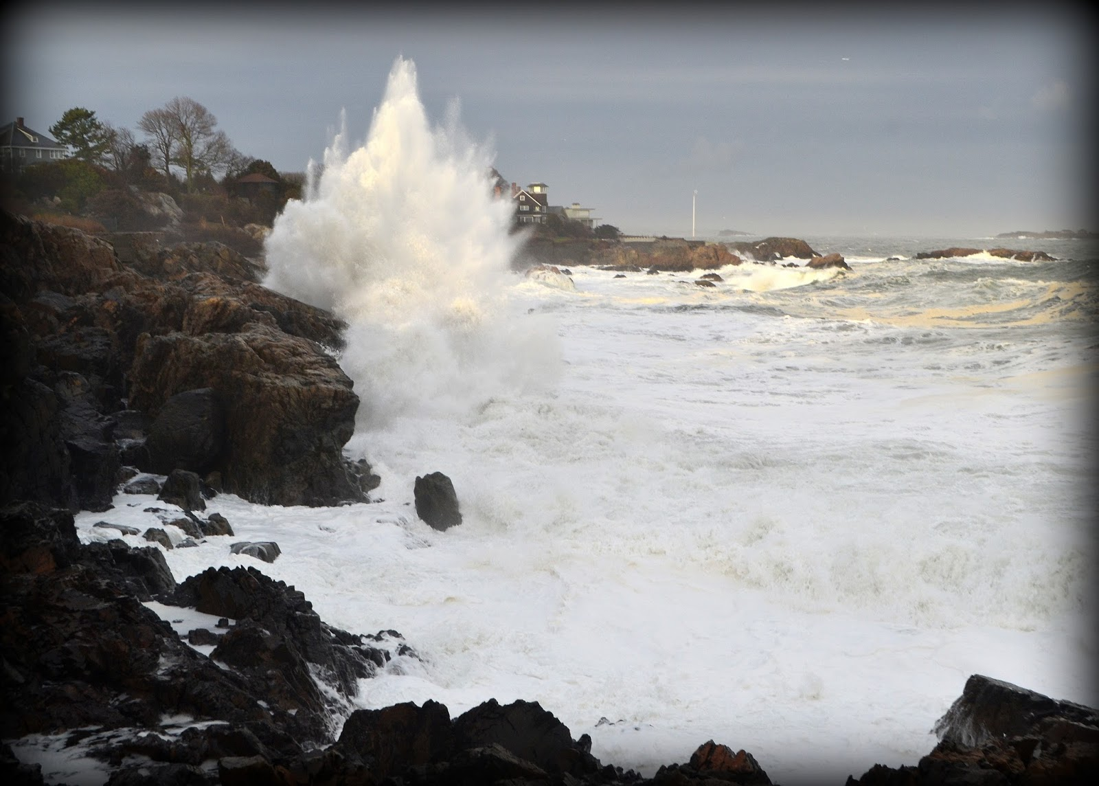 castle rock, marblehead, massachusetts, ocean, waves, surf