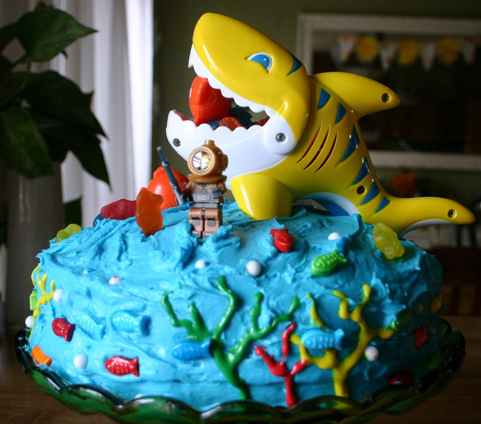 Lego Shark Toys For Boys : Li l buck s creations lego minifig shark cake birthday