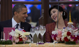 President Obama goes flirty with stunning Thai prime minister Yingluck