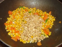 Chinese corn and pine nuts