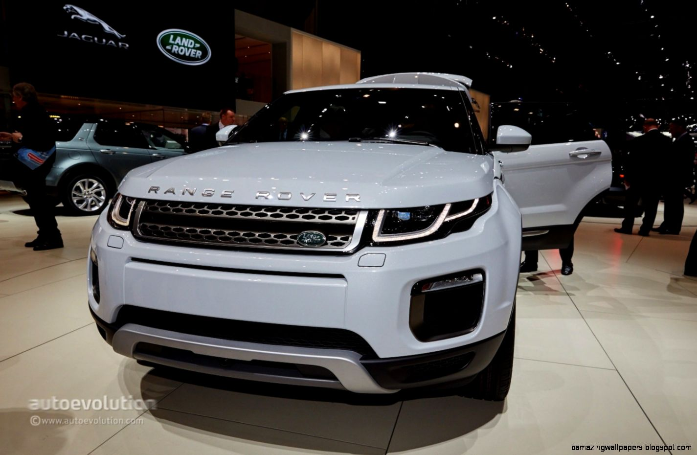 range rover prices amazing wallpapers. Black Bedroom Furniture Sets. Home Design Ideas