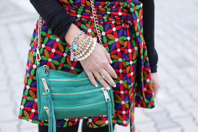 letthemstare.com, Let them stare bow skirt, green Rebecca Minkoff zipper bag, Fashion and Cookies, fashion blogger