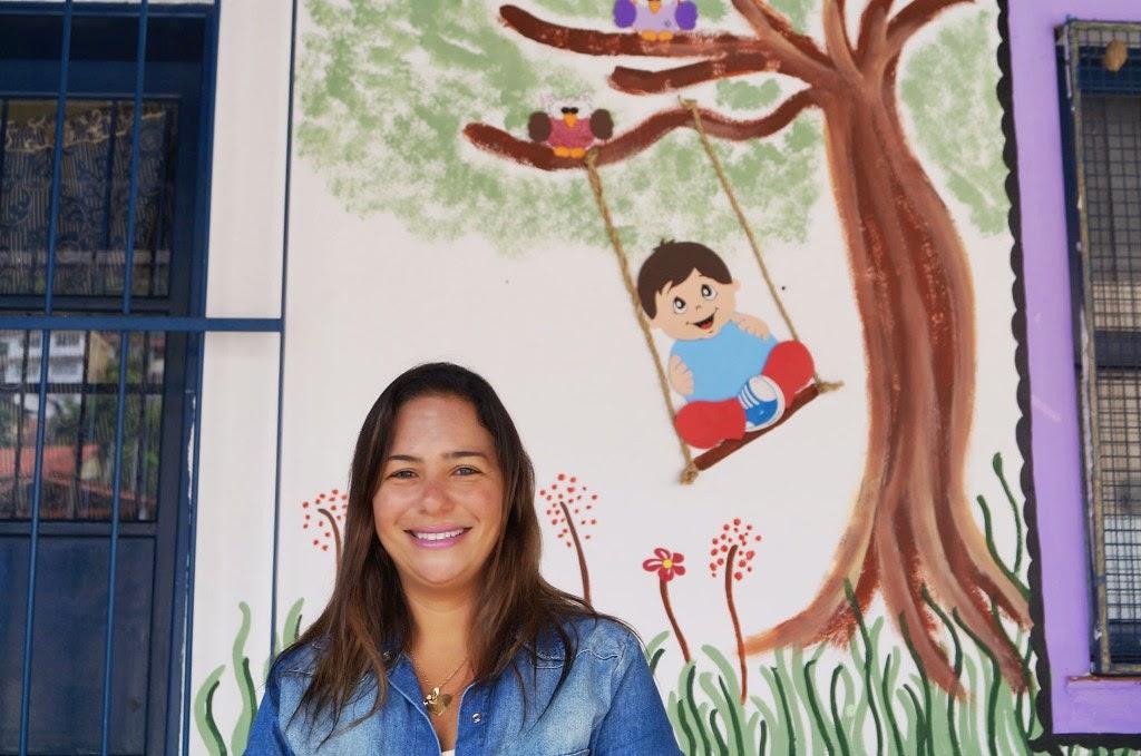 A diretora Karina Moreno, da Escola Municipal Hermínia Josetti, está feliz com os resultados das novas ações