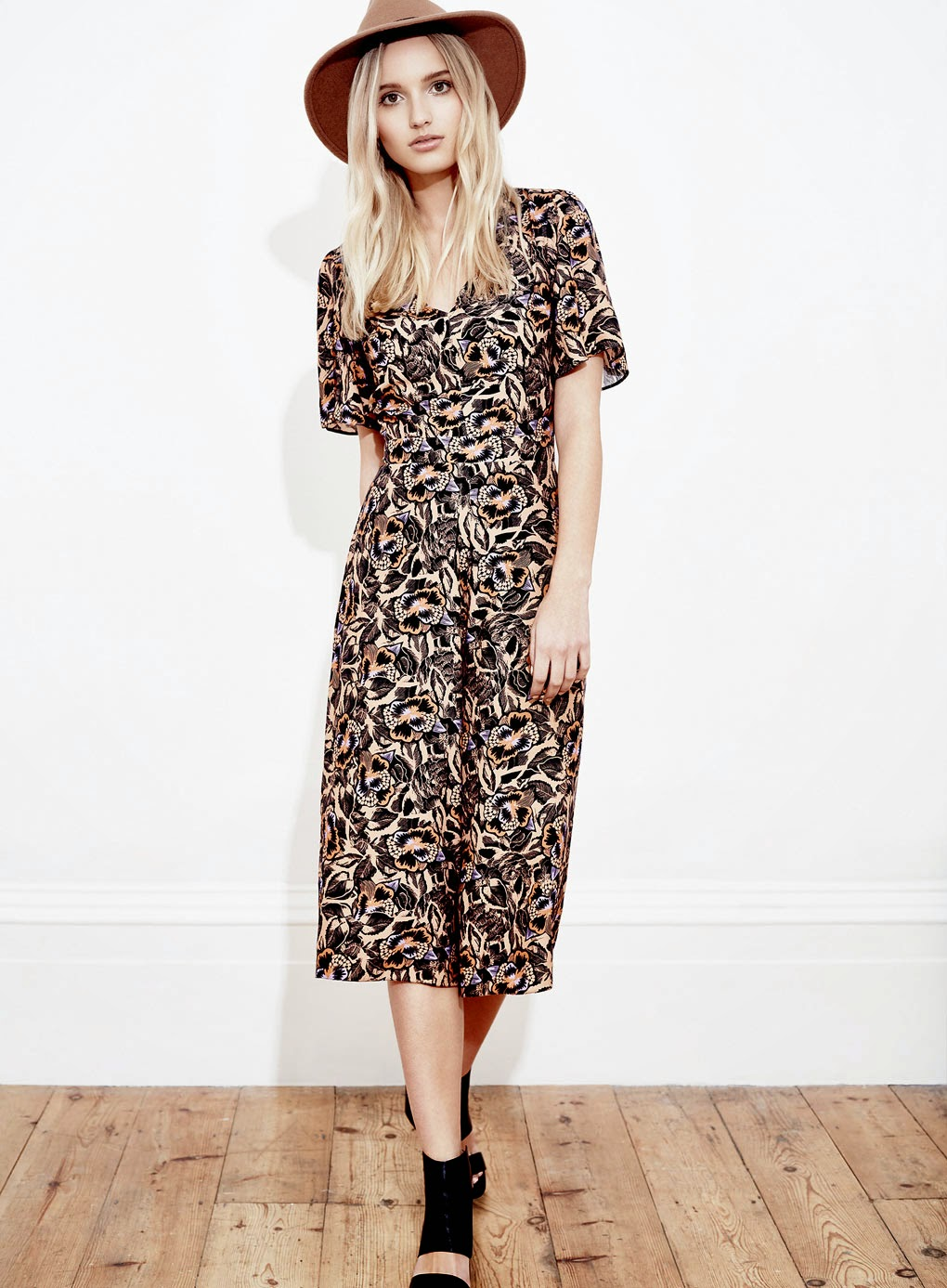 selfridge floral jumpsuit, culotte jumpsuit, short leg jumpsuit,
