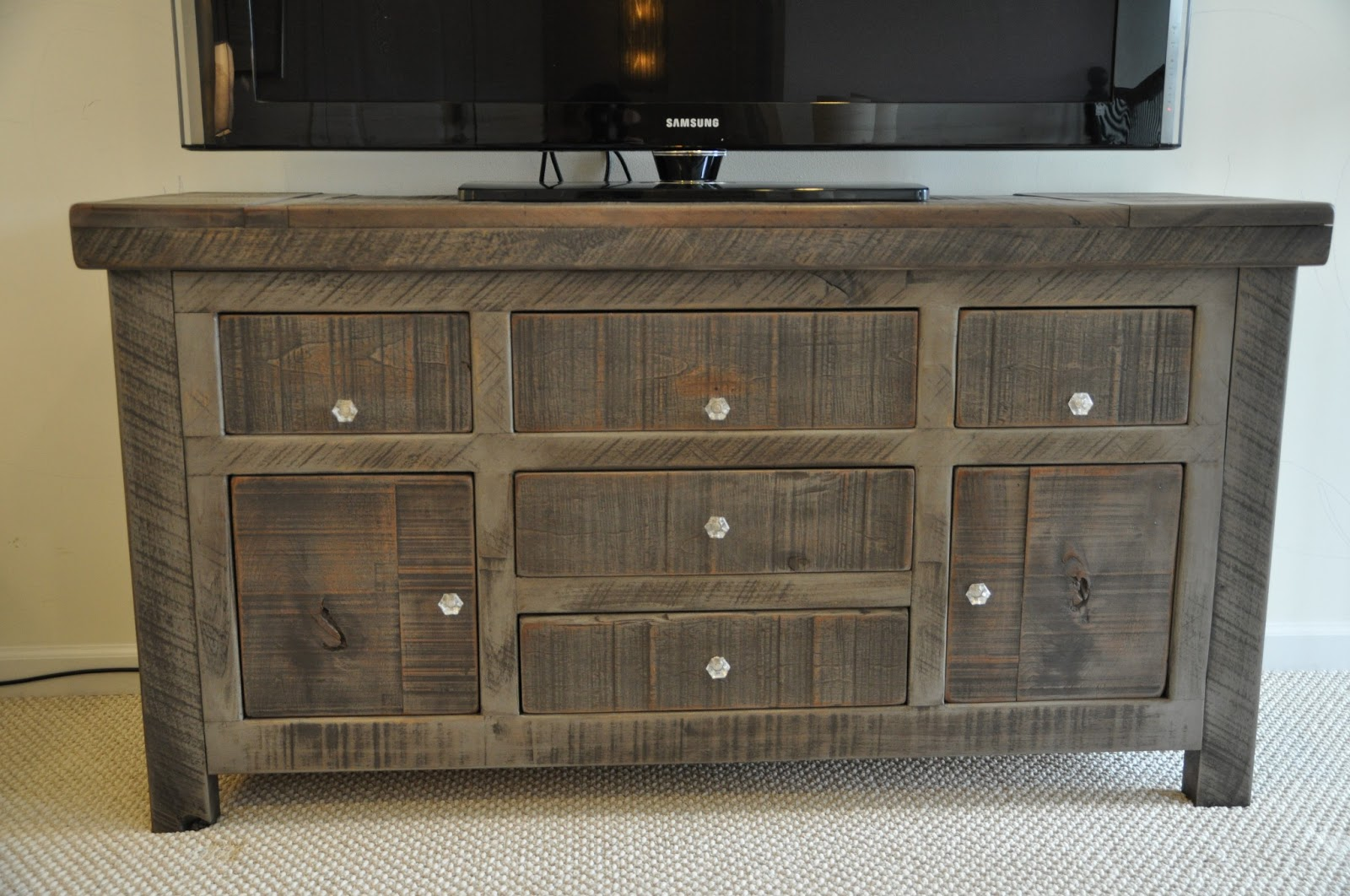 rustic entertainment console rustic buffet tv console rh rustictrades com buffet console table cabinet fitu console buffet table
